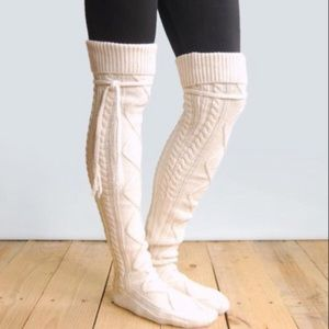 Grace & Lace Alpine Thigh High Boot Socks in Cream